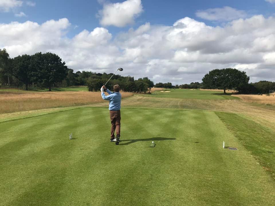 Six hole golf course